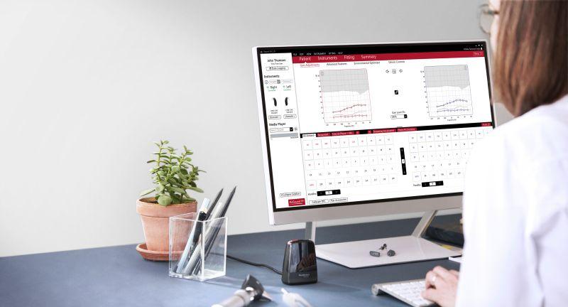 Obsługa programu SmartFit – regulacja aparatów i zdalne dopasowanie ReSound Assist Live.